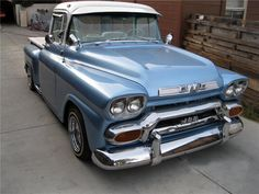 1959 GMC CUSTOM PICKUP Bumper Guards Bring The Grille In Focus ... NICE TOUCH !!!