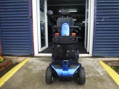 Standard features include a handbrake, front and rear suspension, feather-touch disassembly, a wraparound delta tiller, high-visibility automatic brake lights and an LED kerb light. These features combine to make the Colt Sport a superb scooter. | eBay!