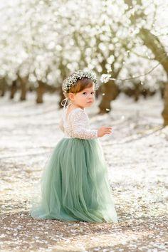 Green Flower Girl Dresses, Green Bridesmaid Dresses, Wedding Bridesmaids, Girls Dresses, Wedding Dresses, Junior Bridesmaids, Flower Girl Tutu, Pink Dress, Fall Flower Girl