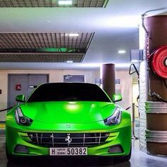 Ferrari FF Ferrari, Bmw
