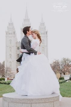 Just perfect. adorable pic. beautiful modest dress. salt lake temple. just perfect