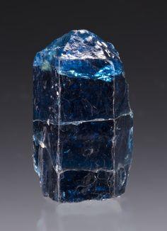 Fluorapatite; Pedras Atlas, Capim Grosso, Bahia, Brazil / Mineral Friends <3