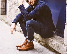 The Ultimate Guide To Boots – Pocket Stylist Brown Boots Outfit, Mens Brown Boots, Burgundy Boots, Green Boots, Dress With Boots, Desert Boots, Dress Clothes, Casual Jeans, Mens Clothing Styles