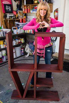 Paige Hemmis creates a 'LOVE' bookshelf on #homeandfamily! Tune in weekdays at 10/9c on Hallmark Channel!