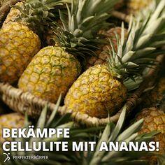 ANANAS: GEHEIMTIPP GEGEN UNSCHÖNE HAUTDELLEN    Die Ananas ist vollgepackt mit Vitaminen, Mineralien und Spurenelementen, die sich sehr positiv auf unsere geistige Gesundheit auswirken, weshalb man die Ananas auch als Nerven-Nahrung bezeichnen kann.  Die eiweißspaltenden Enzyme in der Ananas unterstützen unsere Verdauung sowie die Fettverbrennung. Das Enzym Bromelain spaltet Gewebehormone, was zur Folge hat, dass sich Wassereinlagerungen im Gewebe zurückbilden.