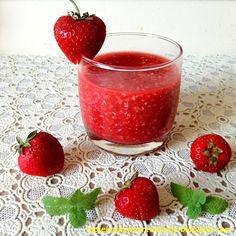 Arbuzowy koktajl Ewy Chodakowskiej  - 180 kcal Smoothies, Strawberry, Cooking Recipes, Vegetables, Fruit, Desserts, Juices, Food, Smoothie