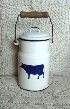 Vintage white enamel milk can, farmhouse decor, kitchen decor, cream can, scandinavian style