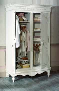 Do this to our armoire & paint it! Wardrobe Furniture, Bedroom Furniture, Home Furniture, Bedroom Decor, Master Bedroom, Furniture Design, Shabby Chic Furniture, Vintage Furniture, Painted Furniture