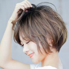 Medium Short Haircuts, Cool Short Hairstyles, New Haircuts, Short Hair Cuts, Medium Hair Styles, Short Hair Styles, Lob Hairstyle, Hair Reference, Hair Remedies