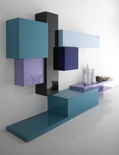 Tetris soggiorno moderno big Vivid Bookshelf Collection Displaying an… Shelf Design, Cabinet Design, Muebles Rack Tv, Home Furniture, Furniture Design, Living Room Tv, Wall Shelves, Bookshelves, House Design