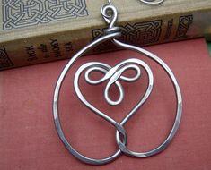 Celtic Embraced Heart Ornament Decoration  di nicholasandfelice