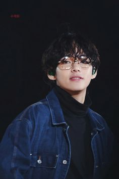 ❤︎ curly babie boi ❤︎ — 191124 Taehyung making me want to write a college.