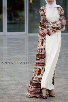Open abaya, white maxi pencil dress, white jersey hijab, beige print abaya - www.annahariri.com
