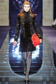 Versace Fall 2012 Ready-to-Wear Fashion Show - Kati Nescher