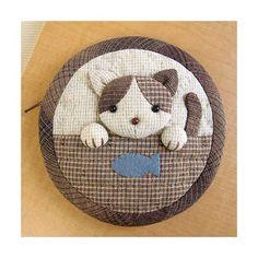 Kits patchwork et appliqué Olympus Wool Applique, Applique Patterns, Applique Quilts, Quilt Patterns, Japanese Patchwork, Japanese Quilts, Patchwork Bags, Japanese Textiles, Sashiko Embroidery