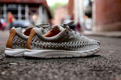 Nike Mayfly Woven