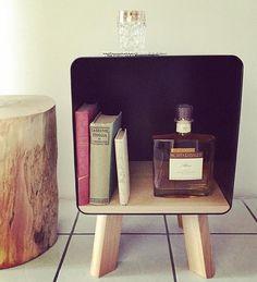 Il nostro nuovo cubo, presentato all'ultimo @factorymarket !! Ferro verniciato a polvere e legno di rovere! Dai mille usi e disponibile in tutti i colori ✌ -  #handmade #design #living #arredo #homesweethome #interiordesigner #wood  #lovehome #arredamento #bergamo #market #home #mobile #multiuso #aperitivo #architecture #artisan #elegance #nuovitalenti #madeinitaly #gift #specialgift #whiskey #rum #tequila #drink #Book #montaribaldi #chaneln5 #lucebella