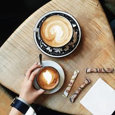La Colombe | NYC Cafe latte glass, flat white cup and saucer