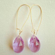 <spec>material:gold metal,glass beadslength:60mm|ハンドメイド、手作り、手仕事品の通販・販売・購入ならCreema。