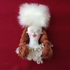 パリジェンヌブローチ ロシアン帽三つ編み - Mon chouchou