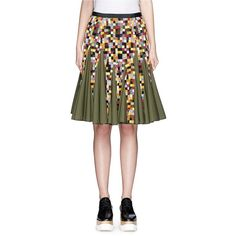 Sacai Gridwork bobbin lace flare skirt ($1,270) ❤ liked on Polyvore featuring skirts, green, green skater skirt, green circle skirt, lacy skirt, green lace skirt и circle skirt