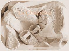 Christening layette, off-white; lace and crochet scallops finish ~~ La Chaquetita