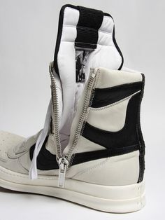 RICK OWENS, SS09: i love/hate that oki-ni keeps sold out products online for ages.