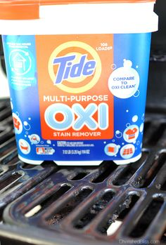 Do you have a gross grill? It is time to learn how to Clean Your BBQ Grill in just minutes! Tide OXI Multi Purpose Cleaner makes this so quick and easy! Cleaning Oven Racks, Cleaning Hacks, Grill Cleaning, Clean Grill Grates, Bbq Cleaner, Best Gas Grills, Outside Grill, How To Clean Bbq, Charcoal Bbq Grill