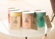 Chick Lit Candles on Packaging of the World - Creative Package Design Gallery Aromatherapy Candles, Scented Candles, Oil Candles, Velas Diy, Candle Packaging, Packaging Ideas, Tea Packaging, Design Packaging, Label Design