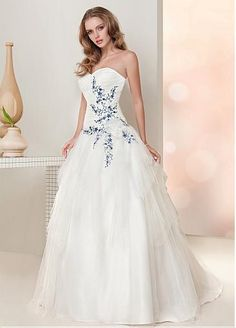 Glamorous Tulle Sweetheart Neckline Natural Waistline Ball Gown Wedding Dress With Embroidery
