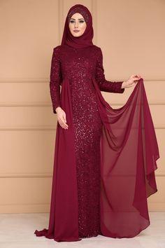 ** YENİ ÜRÜN ** Şifon Kuyruklu Payetli Abiye Bordo Ürün Kodu: PN2002 --> 129.90 TL Islamic Fashion, Muslim Fashion, Modest Fashion, Fashion Dresses, Maroon Long Dress, Maroon Gowns, Batik Fashion, Abaya Fashion, Long Gown Dress