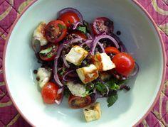 Lentil, tomato and halloumi salad Halloumi Salad, Suppers, Lentils, Potato Salad, Yummy Food, Healthy Recipes, Simple, Ethnic Recipes, Dinners