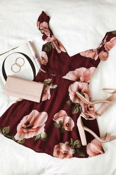 #lovelulus #casualpartydresses Classy Outfits, Chic Outfits, Spring Outfits, Dress Outfits, Dress Up, Fashion Outfits, Best Cocktail Dresses, Cocktail Bridesmaid Dresses, Cute Dresses