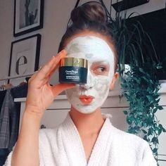 Time for a mid-week pamper! 🙌 How adorable does look in our Green Angel Seaweed Aloe and Avocado Mask 🥑 🌊 Available in store and online! Chamomile Essential Oil, Organic Essential Oils, Seaweed Soap, Lavender Extract, Avocado Mask, Cleanser And Toner, Flower Oil, Soy Wax Candles, Sweet Almond Oil