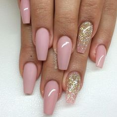 Coffin nails shape are like the ballerina shoes. It's elegant and convenient. Wanna try coffin nails this fall? Check out what kind of nailsart of coffin nails you like. Pink Acrylic Nail Designs, Nail Art Designs, Light Pink Acrylic Nails, Blush Pink Nails, Gel Acrylic Nails, Matte Nails, Matte Blush, Light Pink Nail Designs, Nude Nails
