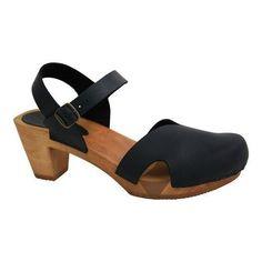 Women's Sanita Clogs Matrix Closed Toe Sandal Oiled