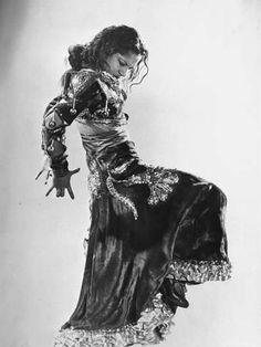 Spanish Flamenco Dancer Carmen Amaya Performing Premium fotografisk trykk