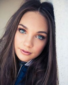 Maddie Ziegler. Love her makeup and eye color. She is beautiful.