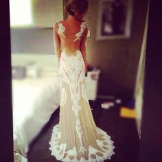 What a gorgeous angelic wedding dress by Judy Copley!