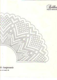 Bolillos y Bordados nº 9 - M. Jesús Fernández - Picasa-Webalben Bobbin Lace Patterns, Embroidery Patterns, Knitting Patterns, Hobbies And Crafts, Diy And Crafts, Lace Heart, Lace Jewelry, Lace Making, Lace Detail