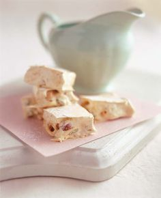 Three nut nougat///Looks so rich. Just Desserts, Delicious Desserts, Dessert Recipes, Yummy Food, Tasty, Kos, South African Desserts, Yummy Treats, Sweet Treats