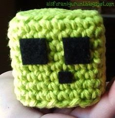 """A is for Amigurumi: Just in """"Slime""""! Crochet For Kids, Crochet Toys, Free Crochet, Knit Crochet, Crochet Animals, Minecraft Crochet Patterns, Minecraft Knitting, Yarn Crafts, Sewing Crafts"""