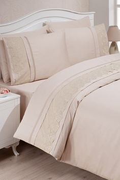 Room Design Bedroom, Linen Bedroom, Home Bedroom, Bed Sheet Sets, Bed Sheets, Best Bedroom Colors, Baby Bedding Sets, Bedroom Accessories, Baby Decor