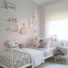 nice 10 Most Adorable Decorations of Girl's Bedroom http://matchness.com/2018/02/22/10-adorable-decorations-girls-bedroom/