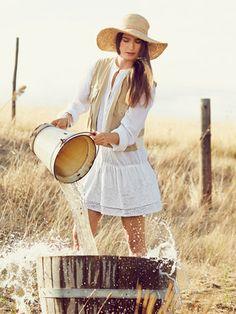 burda style, Schnittmuster - Minikurzes Hemdblusenkleid mit zwei angesteppten Rüschen