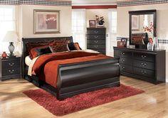 Huey Vineyard Queen Sleigh Bed, /category/bedrooms/huey-vineyard-queen-sleigh-bed.html