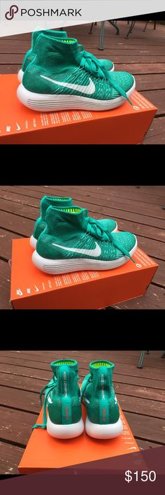 Nike lunarepic flyknits Brand new. Comes with box without lid. Super cute and comfy!! Nike Shoes Athletic Shoes