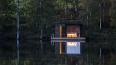 When Milan-based Small Architecture Workshop was asked to design a tiny sauna for a bed and breakfast in Åmot, Sweden, they wanted to do so with minimal Floating Architecture, Architecture Design, Landscape Architecture, Bed And Breakfast, Design Sauna, Design Design, Interior Design, Building A Sauna, Green Building