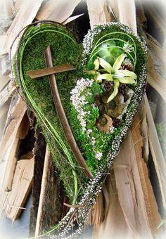 Billedresultat for dusickove kose Home Flowers, Church Flowers, Funeral Flowers, Deco Floral, Arte Floral, Funeral Caskets, Casket Flowers, English Flowers, Funeral Sprays