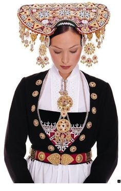 For centuries, it has been a tradition for Norwegian Brides to wear a Crown on their wedding day: The Bridal Crown Tradition never died, although the wearing of traditional folk costumes called … Traditional Fashion, Traditional Dresses, Traditional Wedding, Costume Ethnique, Folklore, Norwegian Wedding, Ethnic Dress, Bridal Crown, Folk Costume